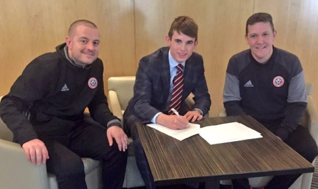 Norrington-Davies signs for Sheffield United